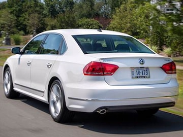 2014 volkswagen passat pricing ratings reviews. Black Bedroom Furniture Sets. Home Design Ideas