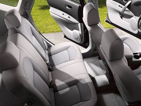 2015 nissan rogue select Interior