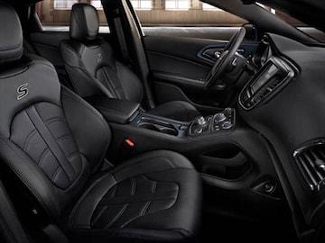 2016 Chrysler 200 Interior