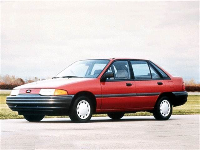Most Fuel Efficient Sedans of 1992 - 1992 Ford Escort