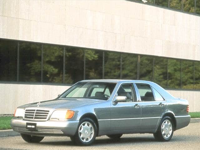 Most Fuel Efficient Luxury Vehicles of 1992 - 1992 Mercedes-Benz 300 SD