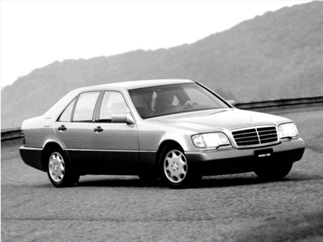 Highest Horsepower Sedans of 1992 - 1992 Mercedes-Benz 400SE