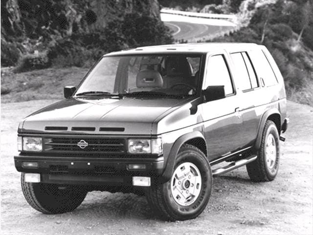 Top Consumer Rated SUVs of 1992 - 1992 Nissan Pathfinder