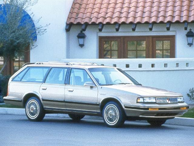 Top Consumer Rated Wagons of 1992 - 1992 Oldsmobile Cutlass Ciera