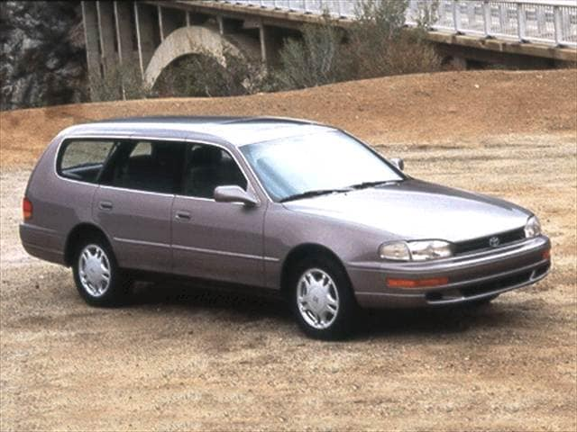 Most Popular Wagons of 1992 - 1992 Toyota Camry