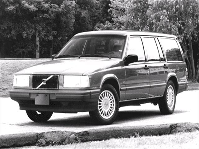 Most Fuel Efficient Wagons of 1992 - 1992 Volvo 740