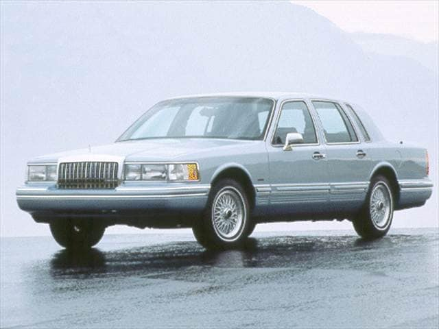 Top Consumer Rated Sedans of 1993 - 1993 Lincoln Town Car