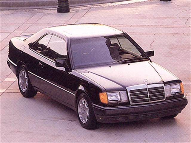 Most Fuel Efficient Luxury Vehicles of 1993 - 1993 Mercedes-Benz 300 CE