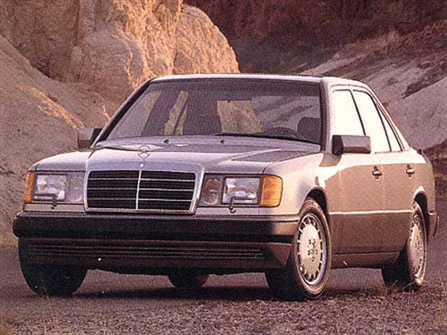 Most fuel efficient luxury vehicles of 1993 kelley blue book for 1993 mercedes benz 300sd