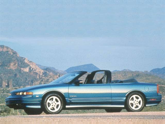 Most Popular Convertibles of 1993 - 1993 Oldsmobile Cutlass Supreme