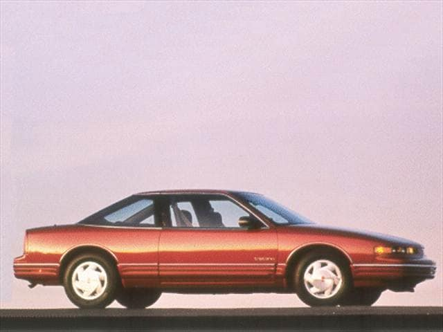 Most Popular Coupes of 1993 - 1993 Oldsmobile Cutlass Supreme