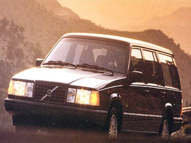 Highest Horsepower Wagons of 1993 - 1993 Volvo 940