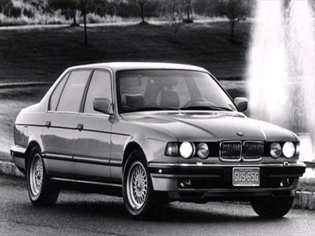 Highest Horsepower Luxury Vehicles of 1994 - 1994 BMW 7 Series