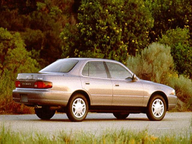 Most Popular Sedans of 1994 - 1994 Toyota Camry