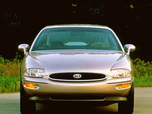 Most Fuel Efficient Luxury Vehicles of 1995 - 1995 Buick Riviera