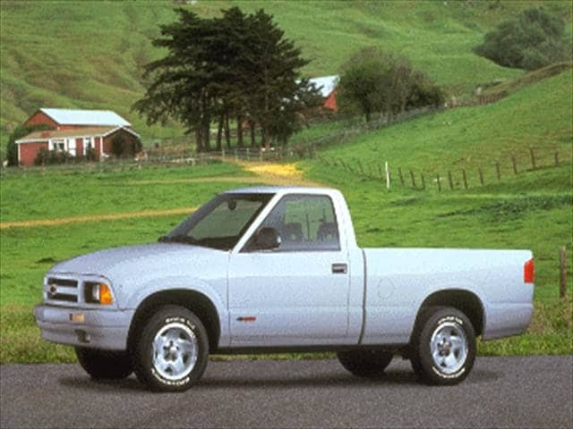 Most Fuel Efficient Trucks of 1995 - 1995 Chevrolet S10 Regular Cab
