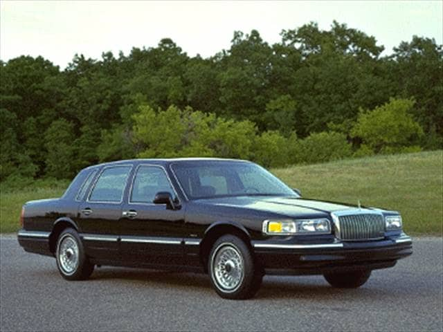 Top Consumer Rated Sedans of 1995 - 1995 Lincoln Town Car