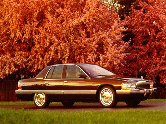 Highest Horsepower Sedans of 1996 - 1996 Buick Roadmaster
