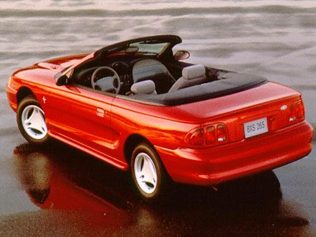 Most Fuel Efficient Convertibles of 1996 - 1996 Ford Mustang