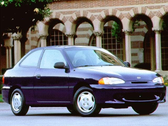 Most Fuel Efficient Hatchbacks of 1996 - 1996 Hyundai Accent