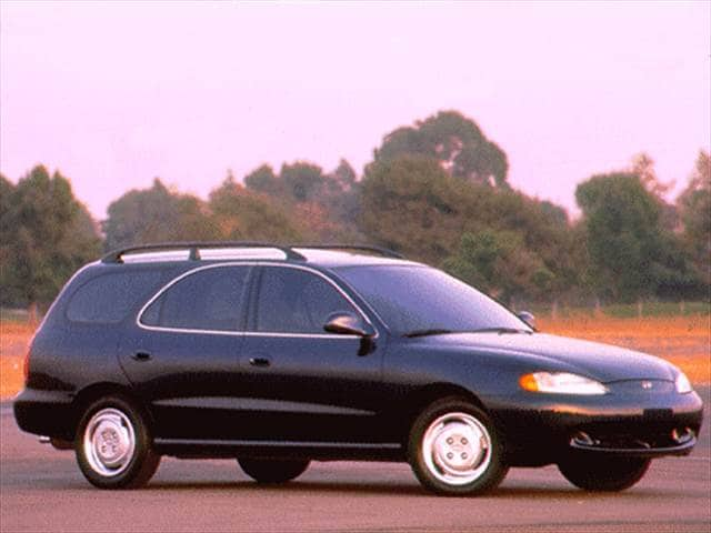 Most Fuel Efficient Wagons of 1996 - 1996 Hyundai Elantra