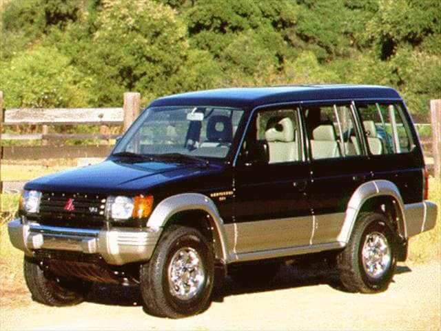 Highest Horsepower SUVs of 1996 - 1996 Mitsubishi Montero