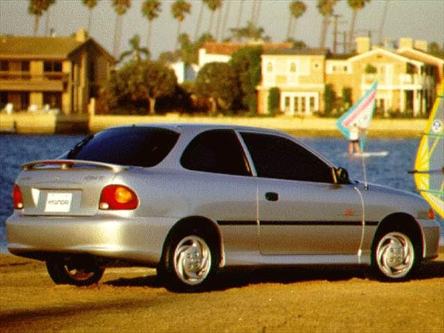 Most Fuel Efficient Coupes of 1997 - 1997 Hyundai Accent