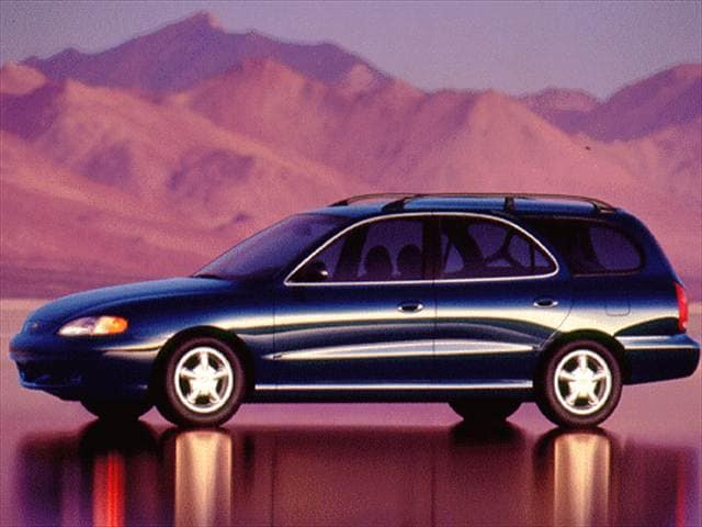 Most Fuel Efficient Wagons of 1997 - 1997 Hyundai Elantra