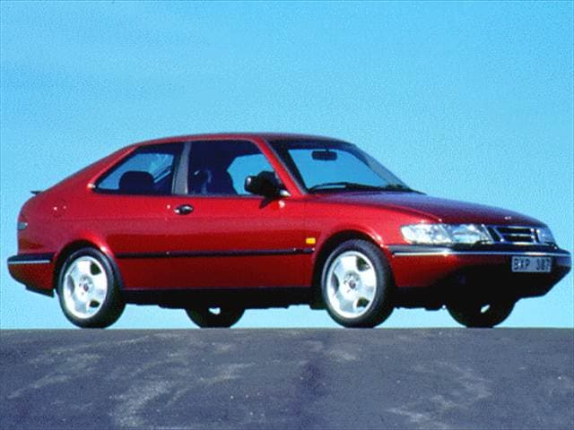 Most Fuel Efficient Luxury Vehicles of 1997 - 1997 Saab 900