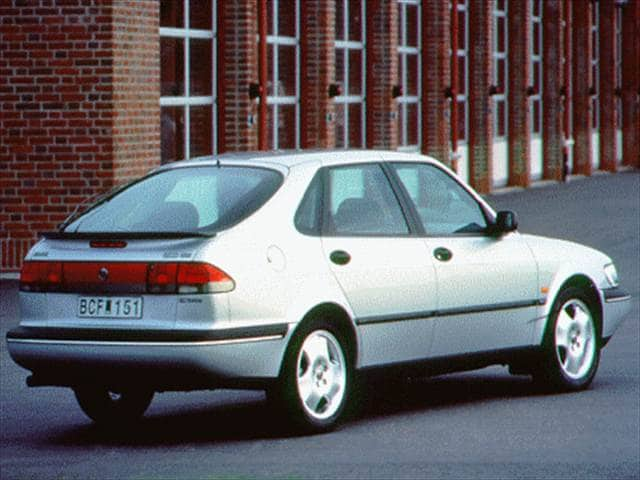 Highest Horsepower Hatchbacks of 1997 - 1997 Saab 900