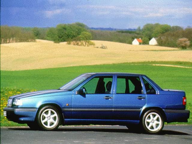 Most Popular Luxury Vehicles of 1997 - 1997 Volvo 850
