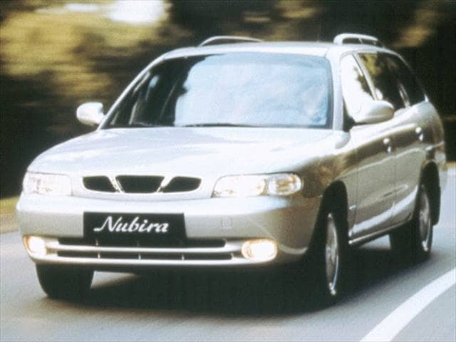 Most Fuel Efficient Wagons of 1999 - 1999 Daewoo Nubira