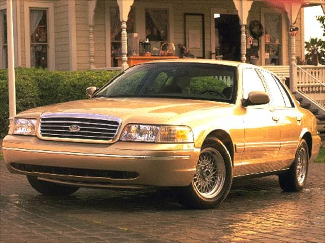 Top Consumer Rated Sedans of 1999 - 1999 Ford Crown Victoria