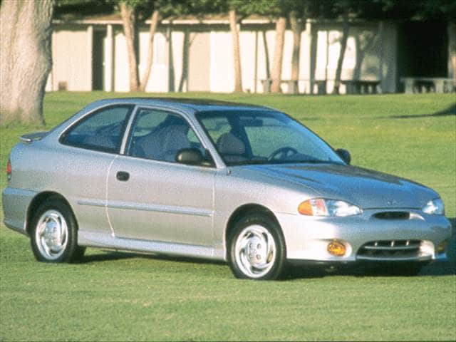 Most Fuel Efficient Hatchbacks of 1999 - 1999 Hyundai Accent