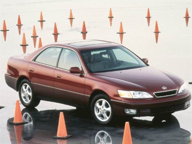 Top Consumer Rated Sedans of 1999 - 1999 Lexus ES