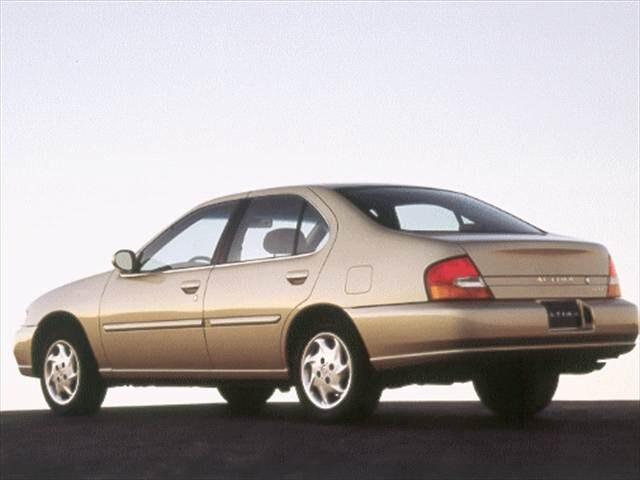 Photos and Videos 1999 Nissan Altima Sedan Photos  Kelley Blue Book