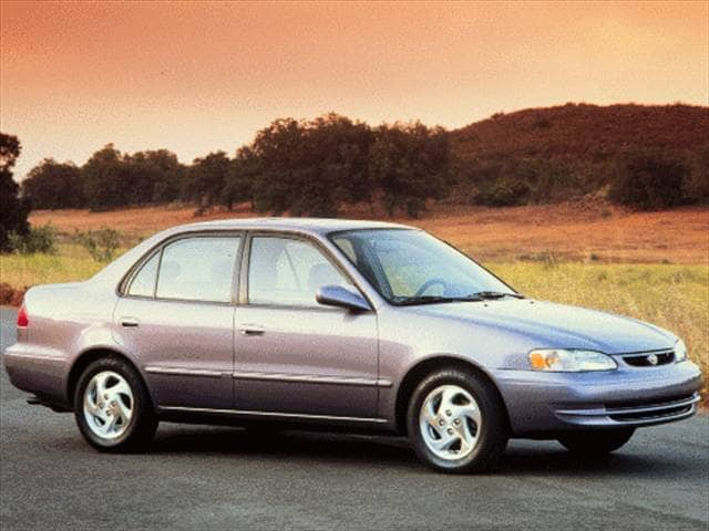 Most Fuel Efficient Sedans of 1999 - 1999 Toyota Corolla
