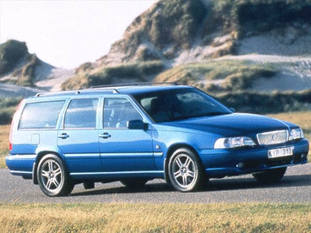 Highest Horsepower Wagons of 1999 - 1999 Volvo V70