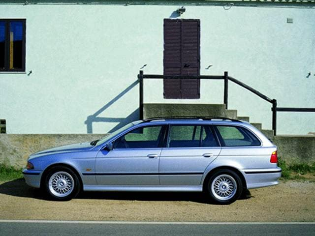 Most Popular Wagons of 2000 - 2000 BMW 5 Series
