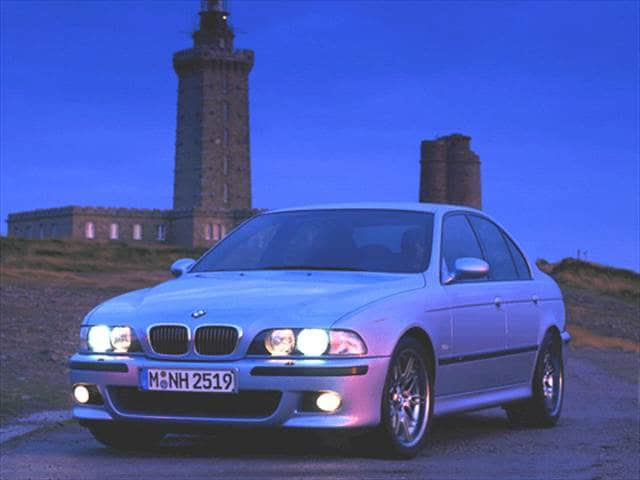 Highest Horsepower Sedans of 2000 - 2000 BMW M5
