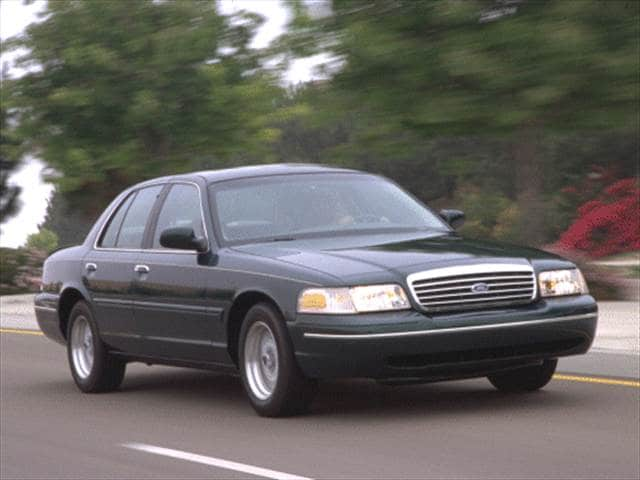 Top Consumer Rated Sedans of 2000 - 2000 Ford Crown Victoria