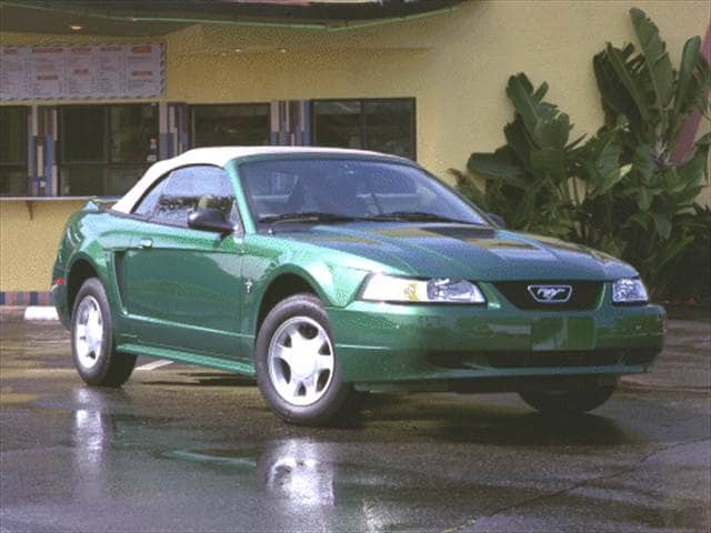 Most Fuel Efficient Convertibles of 2000 - 2000 Ford Mustang