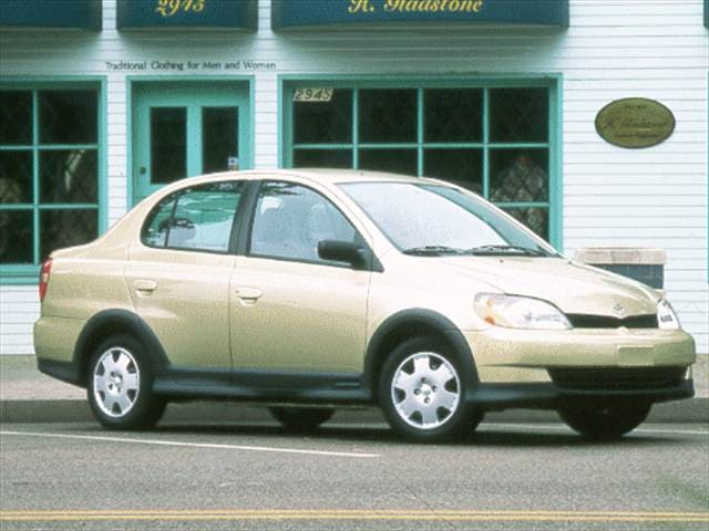 Most Fuel Efficient Sedans of 2000 - 2000 Toyota Echo