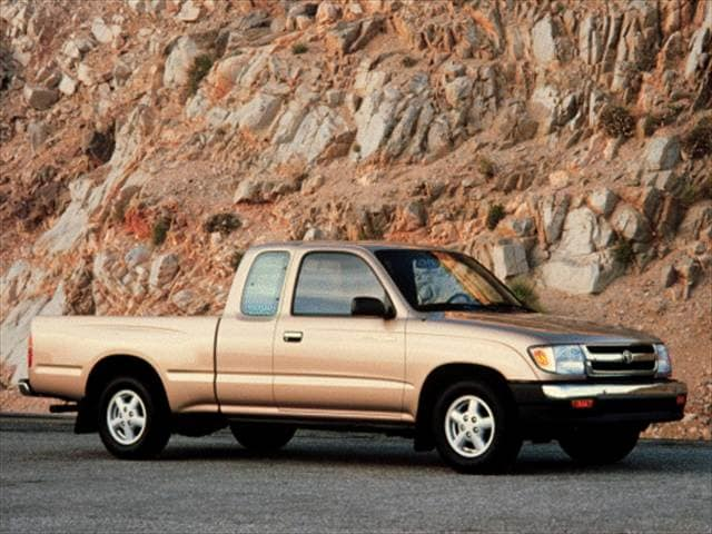 Top Consumer Rated Trucks of 2000 - 2000 Toyota Tacoma Xtracab