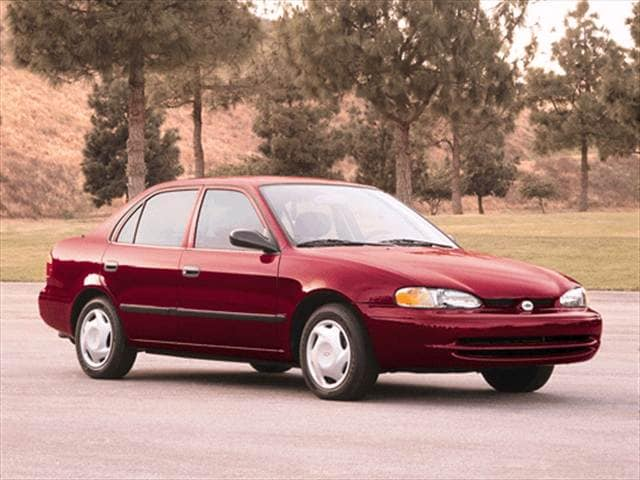 Most Fuel Efficient Sedans of 2001 - 2001 Chevrolet Prizm