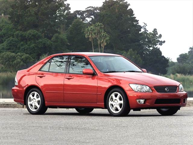 Top Consumer Rated Sedans of 2001 - 2001 Lexus IS