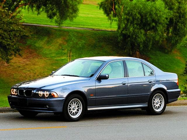 Most Popular Luxury Vehicles of 2002 - 2002 BMW 5 Series