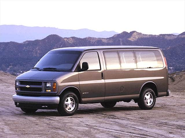 Top Consumer Rated Vans/Minivans of 2002 - 2002 Chevrolet Express 3500 Passenger