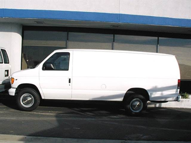 Top Consumer Rated Vans/Minivans of 2002 - 2002 Ford Econoline E350 Super Duty Cargo