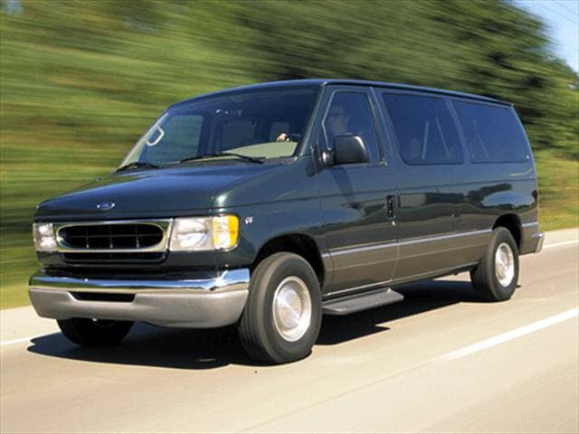 Top Consumer Rated Vans/Minivans of 2002 - 2002 Ford Econoline E350 Super Duty Passenger